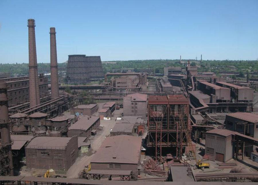 В Донбассе два завода Ахметова остановили производство из-за блокады