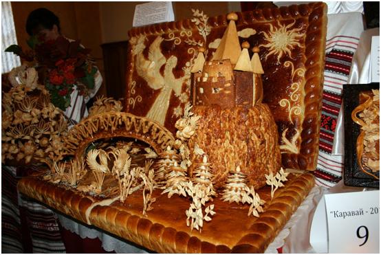 Выставка хлебобулочных изделий каравай, свадебные торты фото